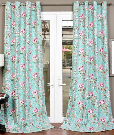 Lambrequin curtains